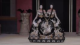 Paris Haute Couture / Guo Pei